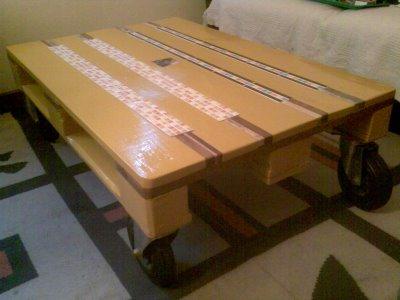 Mesa hecha con palés - pistakevienelartista.blogspot.com