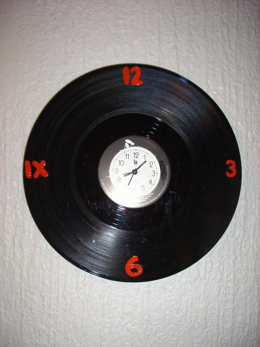 Basurillas - Relojes de vinilo ...