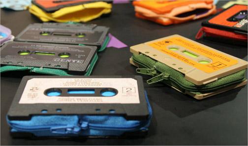 Cassette wallet de designboom.com