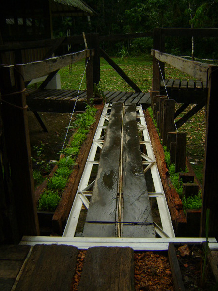 Puente Reutilizando Pais Arco.iris Colombia