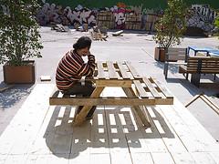 Mesa hecha con palés - Campo de la Cebada