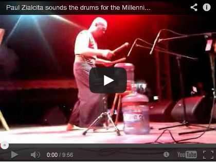 Paul Zialcita sounds the drums for the Millennium Development Goals by ninaterol