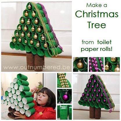 Árbol navideño realizado con tubos de cartón de papel del baño - creatifulkids.com