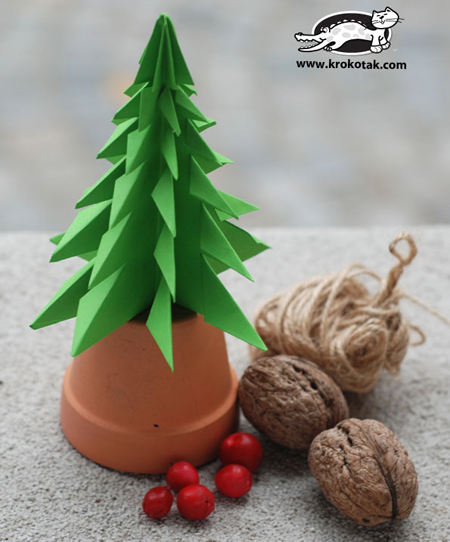 Manualidades navideñas con papel: Arbolitos de Navidad - quieroaprendermanualidades.com