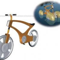 Bicicleta anfibia reutilizando bidones.